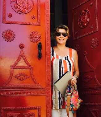 annette-and-red-door