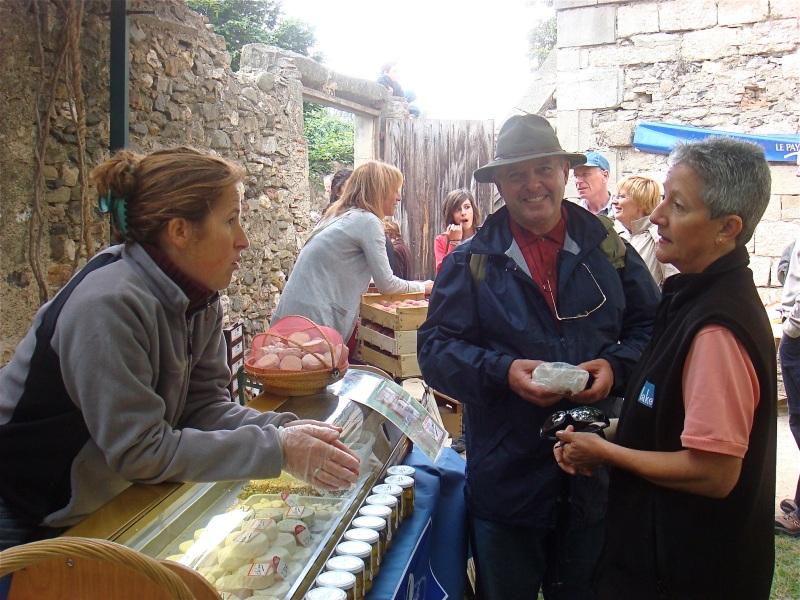 Caunes Market