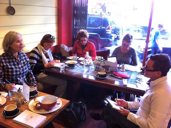 Lunch & Sketch Cafe La Bas