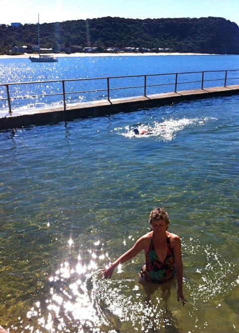 Robbie & Pam in Pearl Beach sea pool