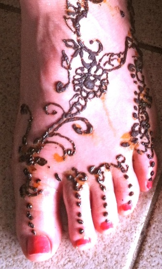 Karen Henna foot