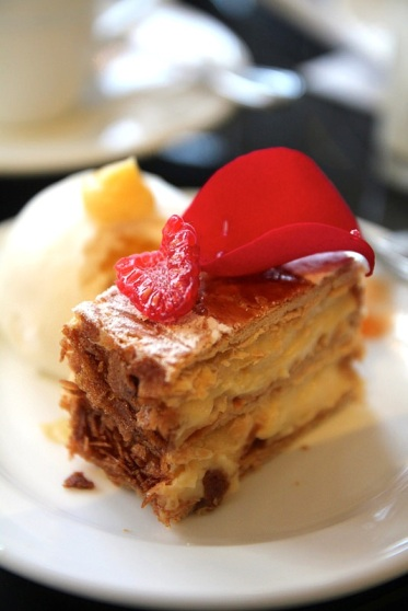 Millefeuille with lemongrass and more...
