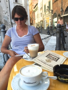 Sunday. Coffee sketch in Lucca. 33 degrees.IMG_6149