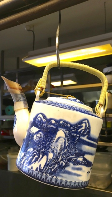 WedNew. Hanoi teapot