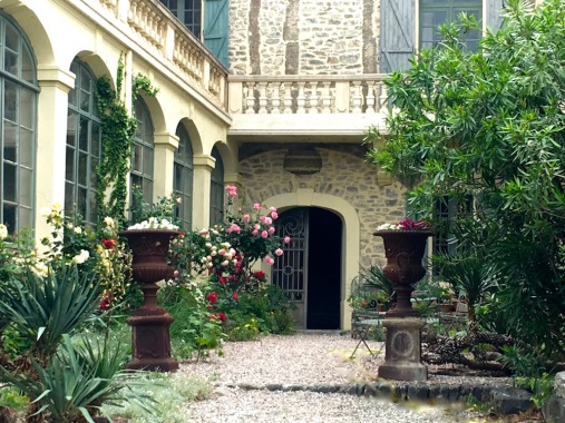 Entrance to Chateau Paulignan